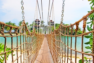 Picture of bridge on Sentosa Island