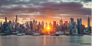 Picture of Cloudy sunrise over Manhattan, New York